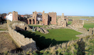 lindisfarne abbey holy island north northumberland